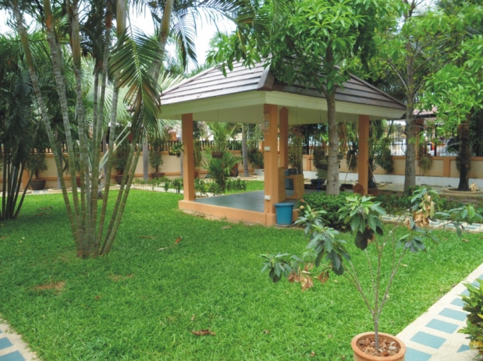 Large 350 Sqm 3 Bedroom Fully Furnished House