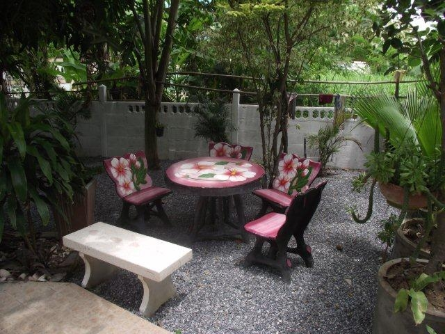 Sing Buri Quiet Country Home