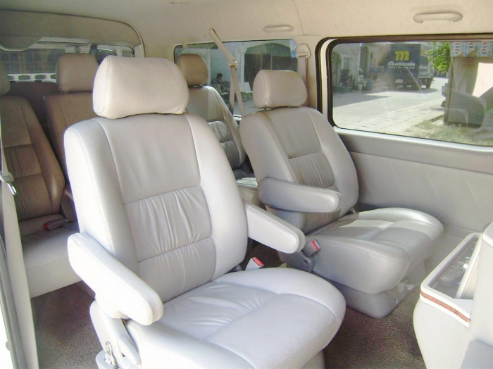 Top Of The Range Toyota Ventury V. People Carrier. Minibus