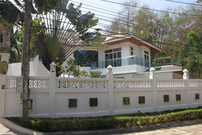 Great 4 Bedrooms Pool Villa Kata Hills