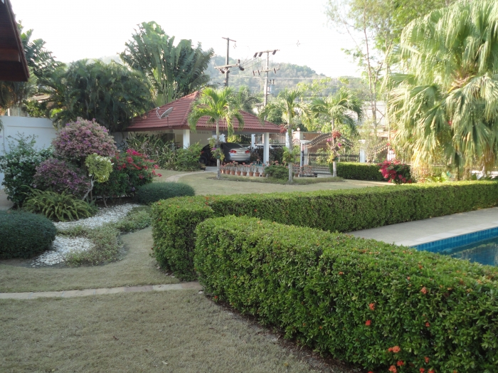 Great Pool Villa On 1600 Sqm With Perfect Garden. Rawai