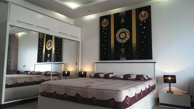 Viewtalay 5 C Studio For Rent On Top Floor!