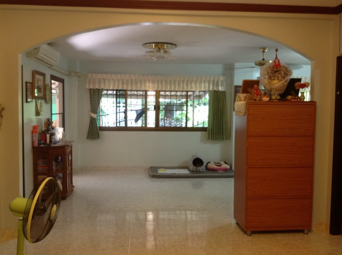 House for sale,North Pattaya,size 432 sqm.,2beds,furnished.
