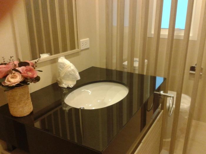 3 Bed, 2 Bath Detached Bungalow For Sale