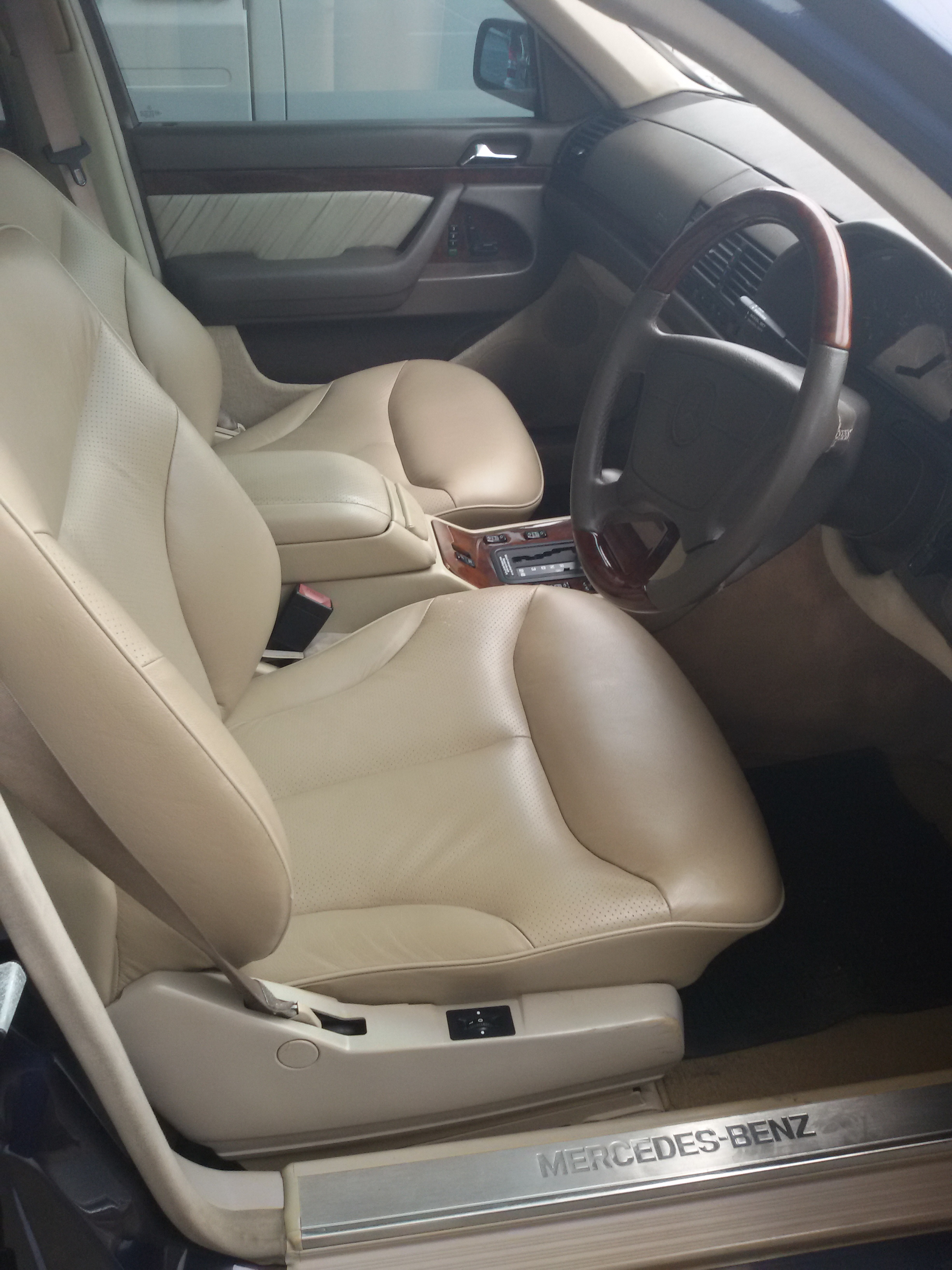 2002 Mercedes S420, Luxury Limousine LPG