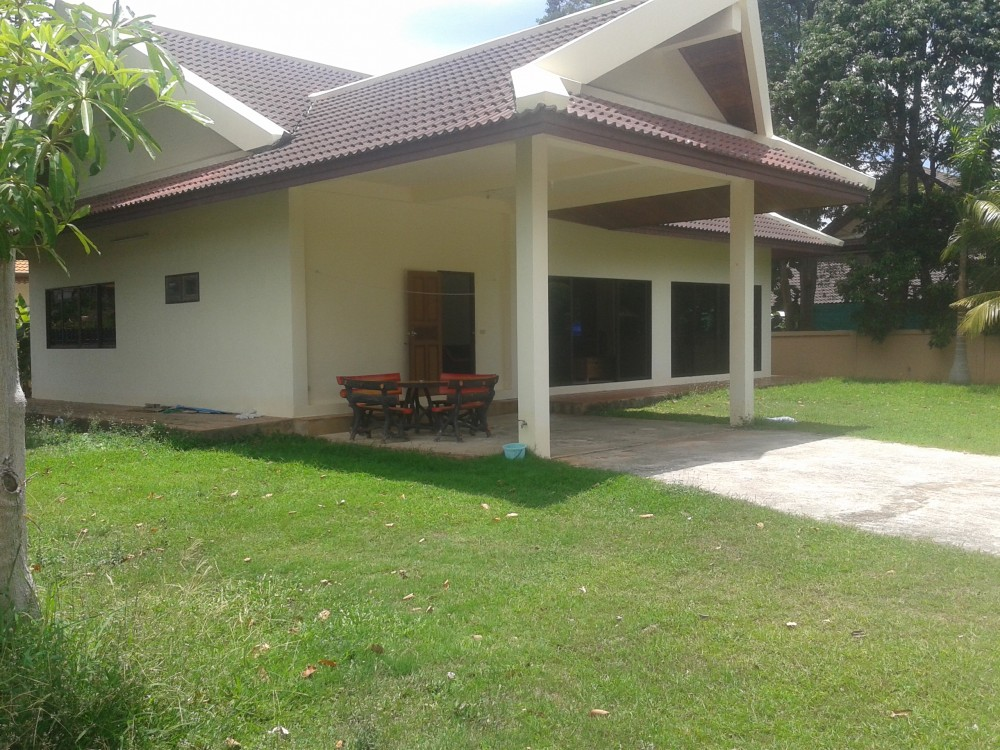 A spacious 3 bed villa for rent in Rawai