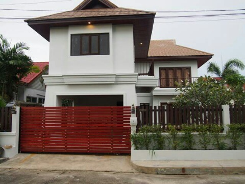 A lovely family home for sale in Chalong