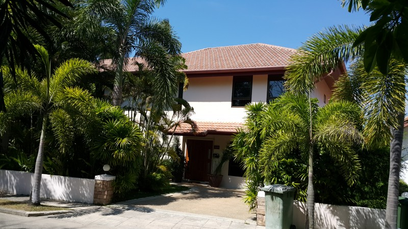 A beautiful 5/6 bed room for rent in Rawai