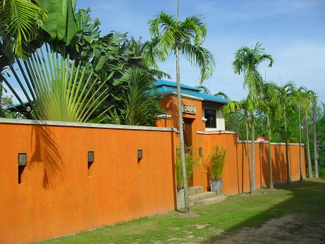 A beautiful 3 bed pool villa for sale or rent