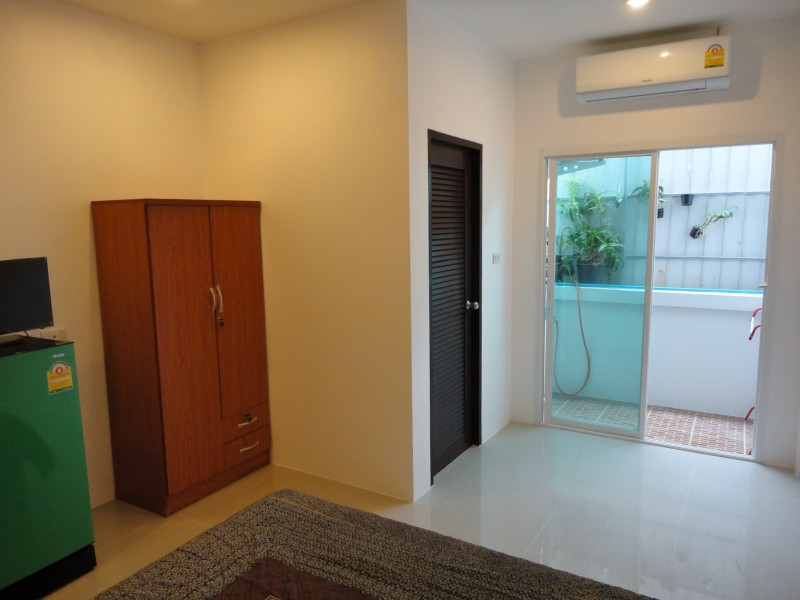 Guest House in the center of Nai Harn Phuket