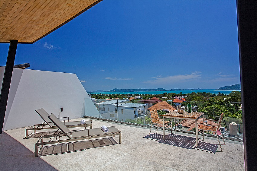 A 4 bed pool villa for rent