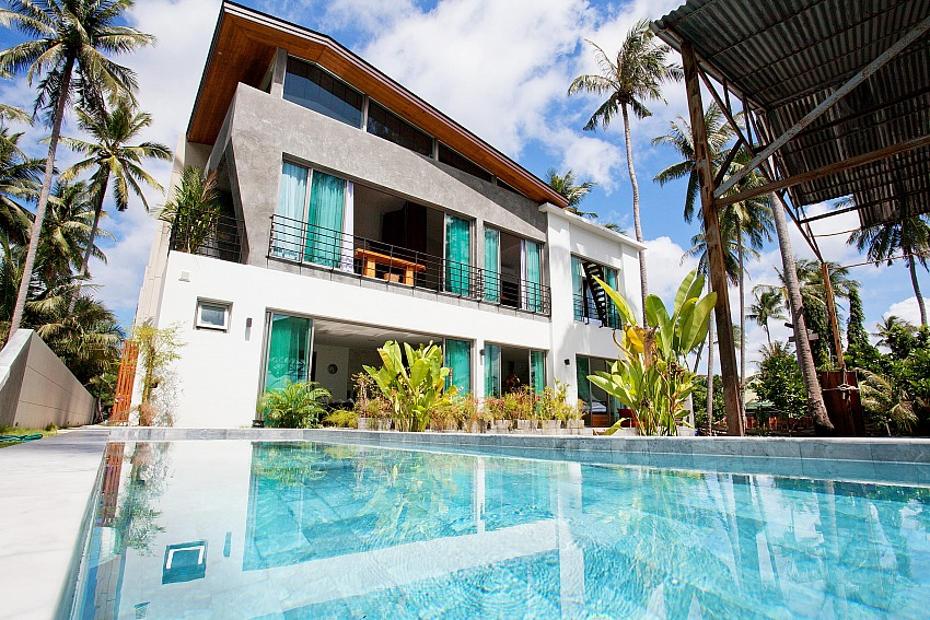A beautiful 3 bed pool villa for rent.