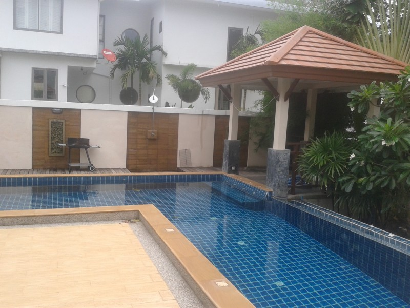 A two bed pool villa for rent in Rawai