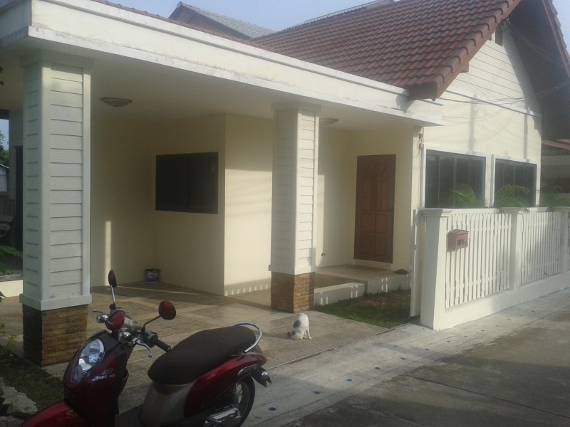 A 2 bed house for rent in Rawai