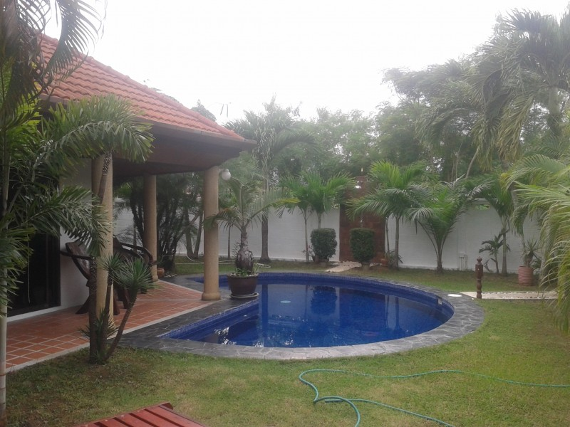 A lovely 2 bed pool villa for rent in Rawai