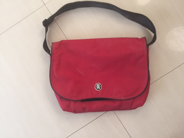Crumpler 13 inch computer bag, nearly new.