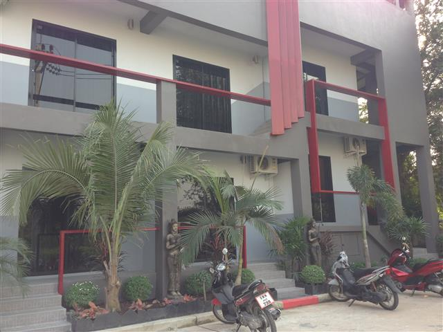 Pattaya Super Modern 20 Room Guesthouse
