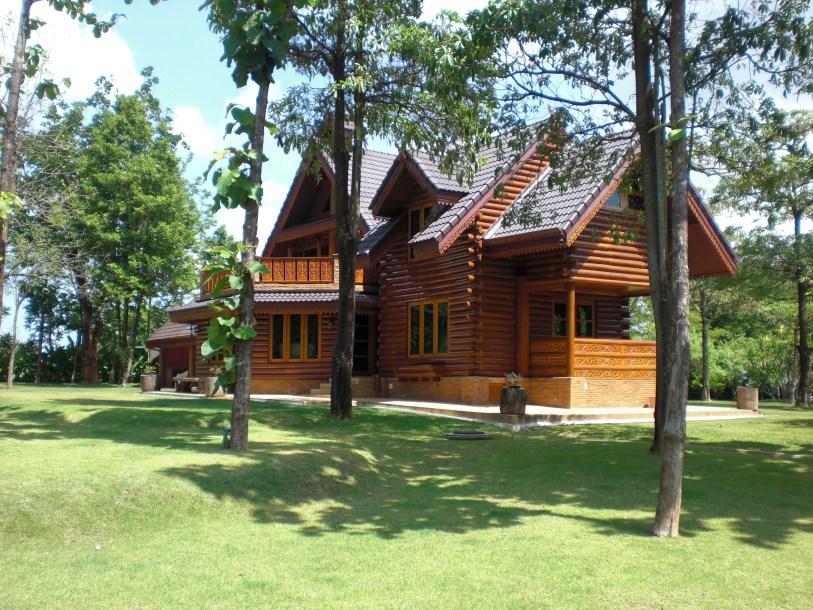 Beautiful Cedar Log House in Khao Yai for sale