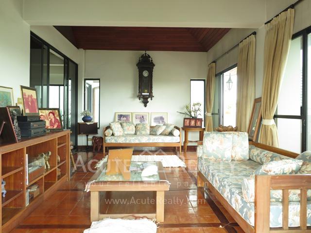 Home office for sale in Ekamai house for sale Sukhumvit