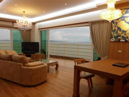CS1237 View Talay 5 for sale