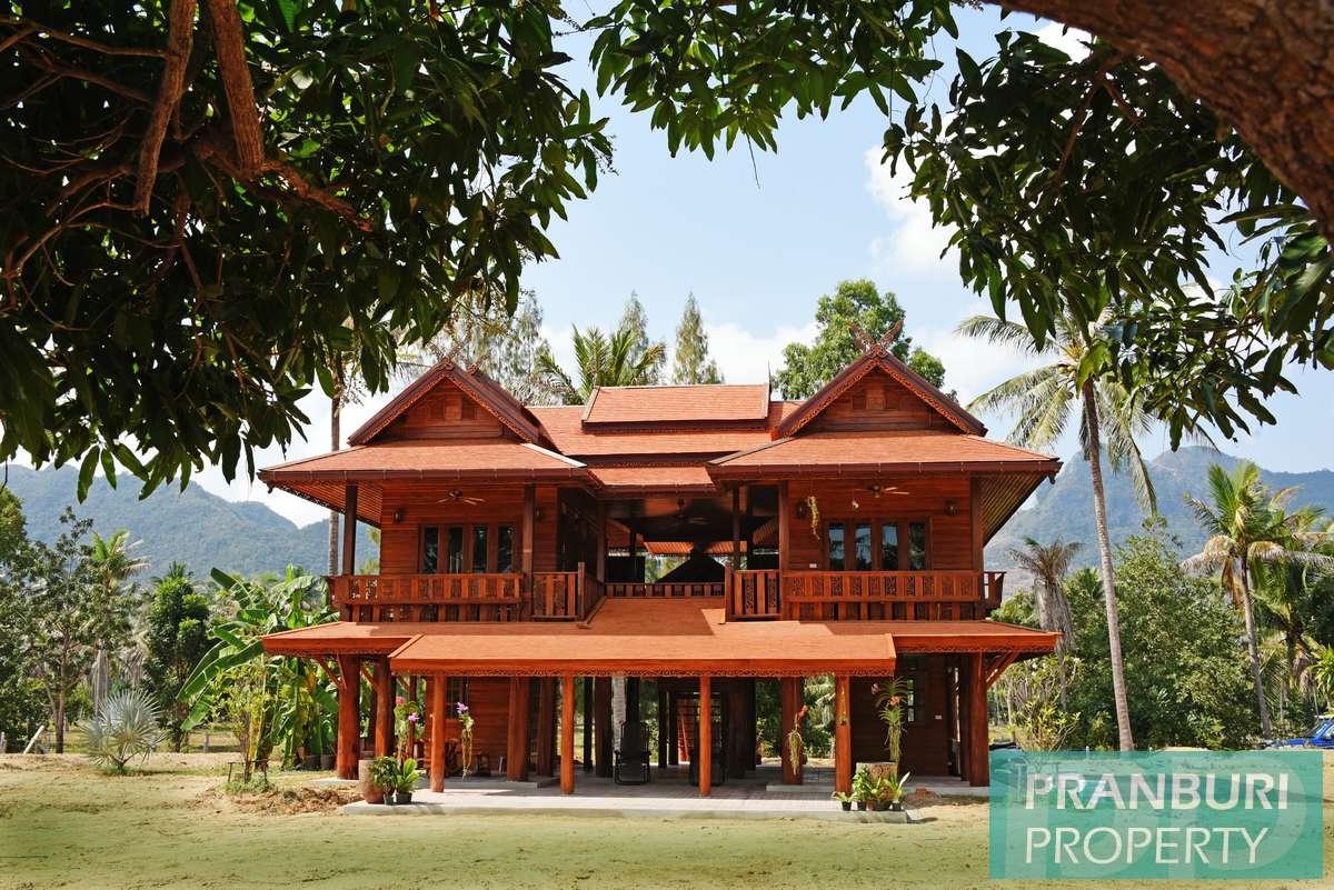 Teak house for sale on 5rai+ nr beach