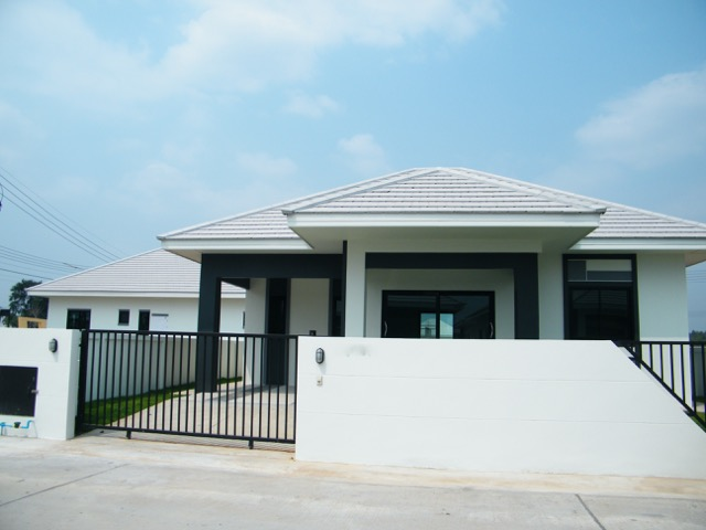 A new house for rent in the east Korat
