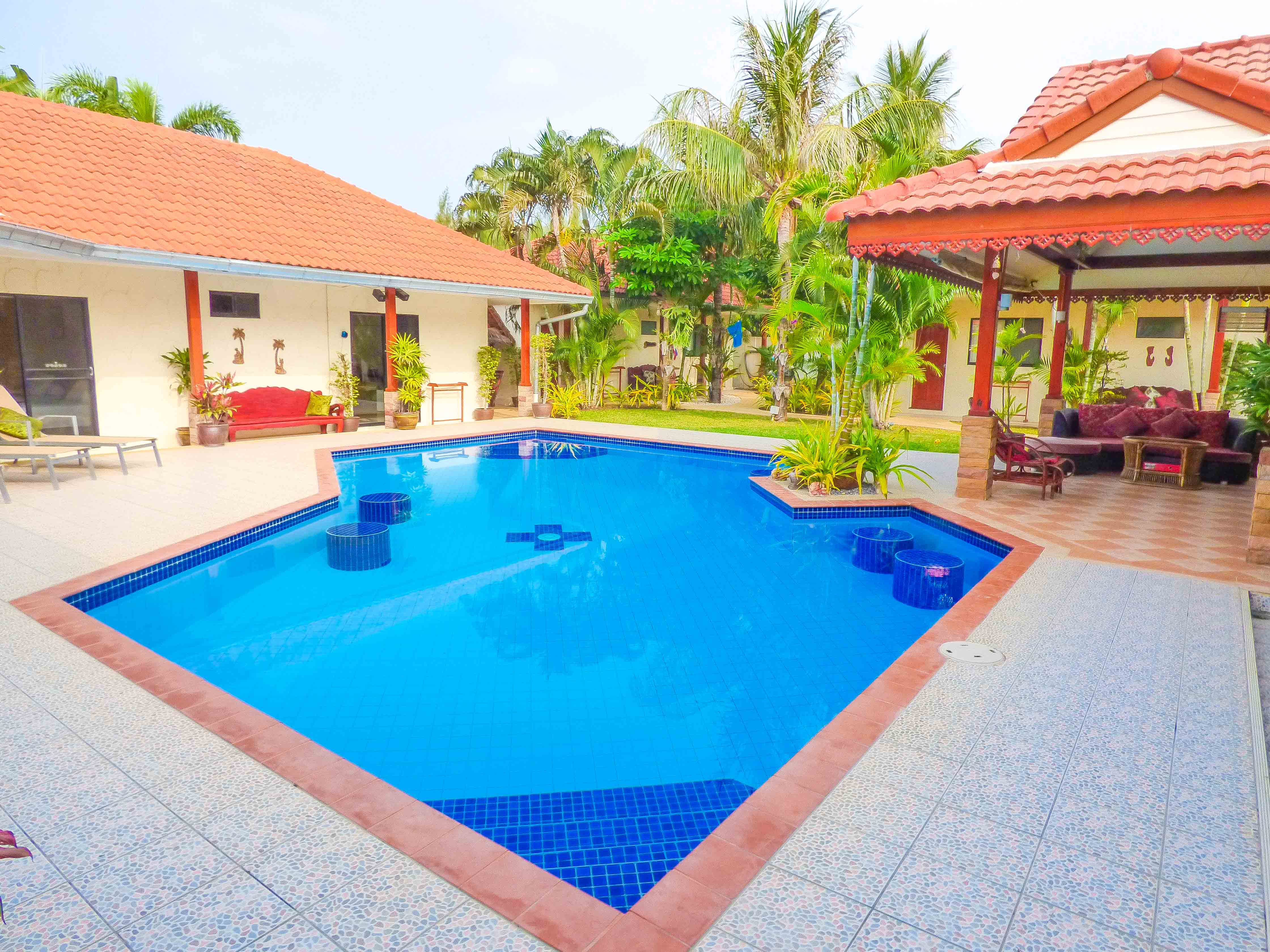 8 Bed Roomed Resort type Pool Villa 1.5 Km From Khao Kalok