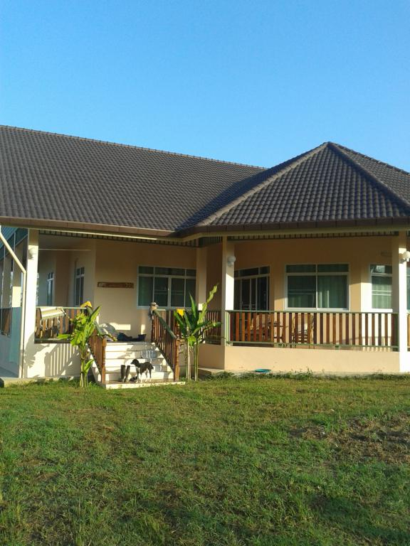 Prestige land and house working farm