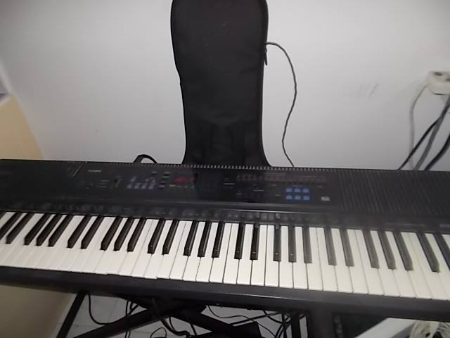Steal this electrics piano synthisizer for only 1500 baht