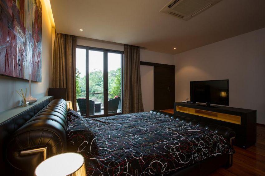 A 4 bedroom seaview villa for rent