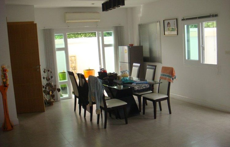 HS1273 Na Jomtien House, 4 bed for sale