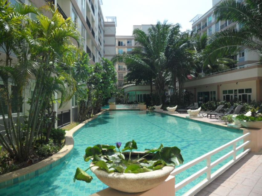 As New 72 Sqm, 2 Bedroom Condo for Sale