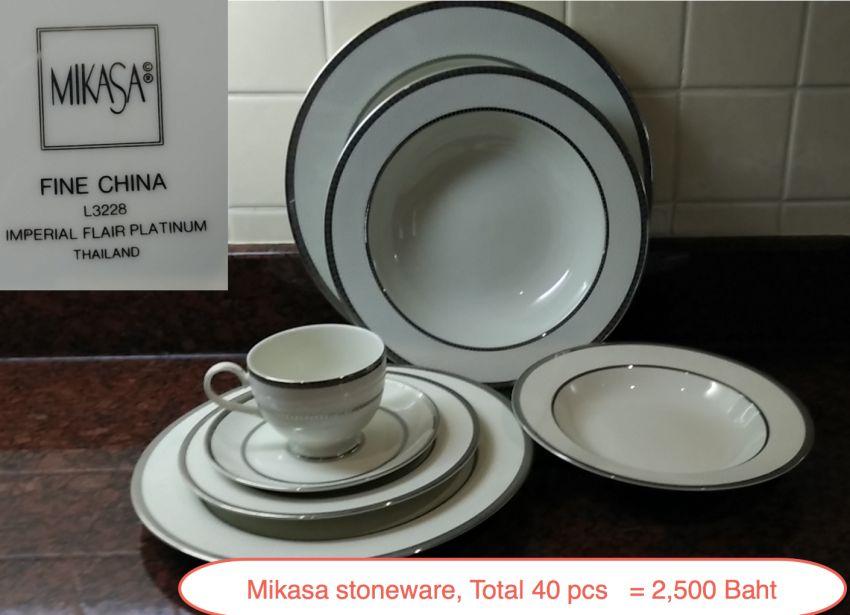 Fine China Mikasa Tableware set, 40pcs