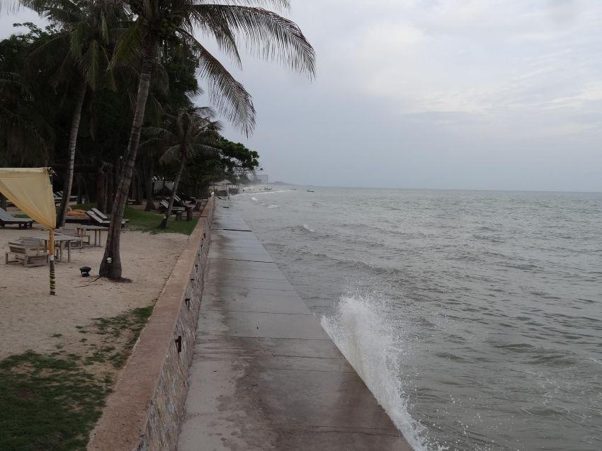 New Prime Hua Hin North Beachfront 3 Rai