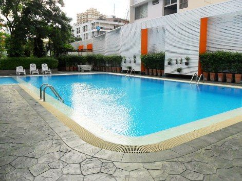 Phrom Phong area 3Br Condo 4 Rent