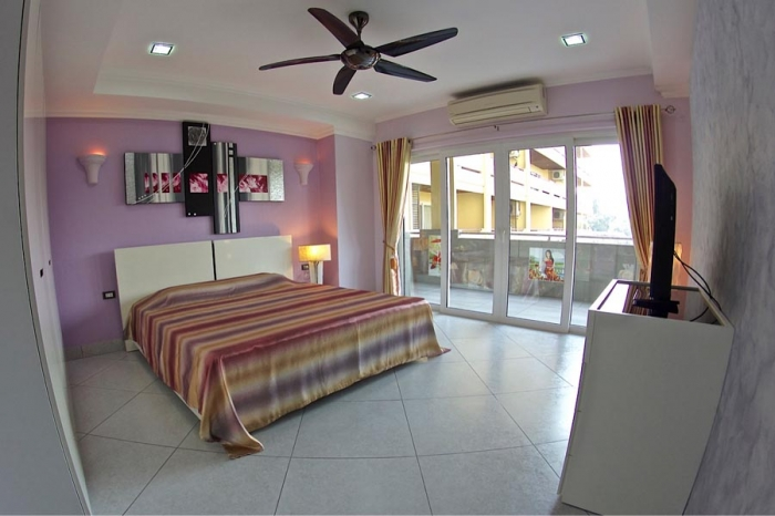 Superb Quality Wongamat 2 Bedroom Condo