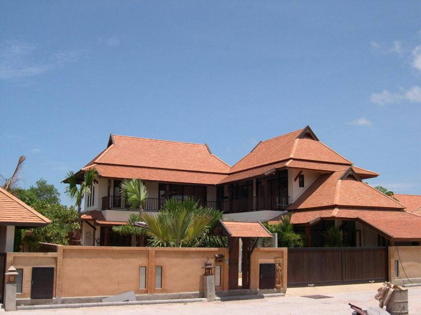 5 Bed & 5 Bath Thai Bali House For Rent 50,000 THB