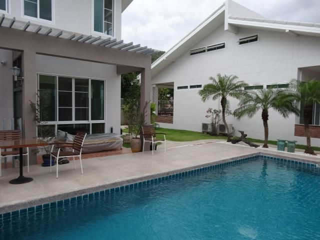 Newly Completed Apartment Rental/Resort