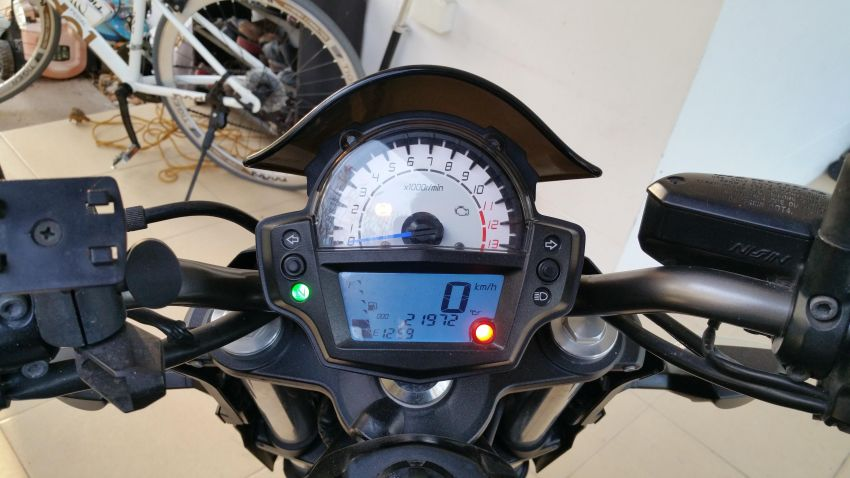 Kawasaki ER6N 2013 Matte Black only 22,000 km For Sale
