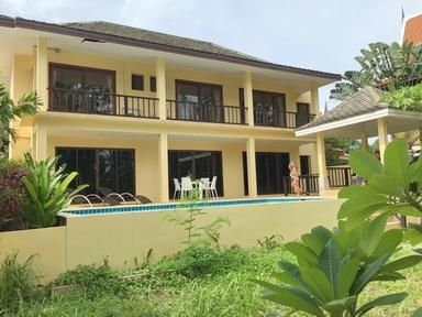 For rent 3 bedroom pool villa in Bangrak