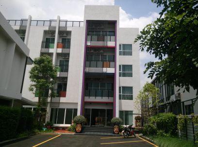 Apartment for rent at Ari Phayatai Bangkok