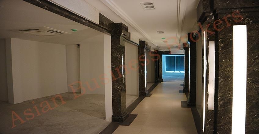 0135003 3 Floors Refurbished Retail Spaces Near China Town