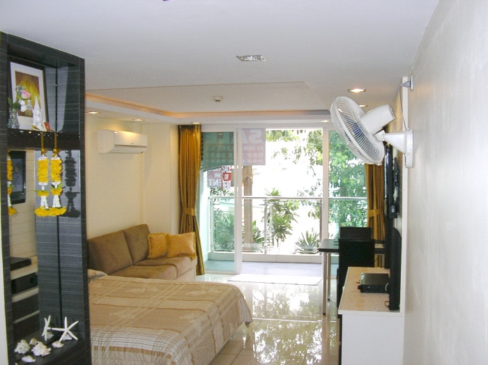 Immaculate! HydePark Residents 2 For Sale By Owner 1.9 MB