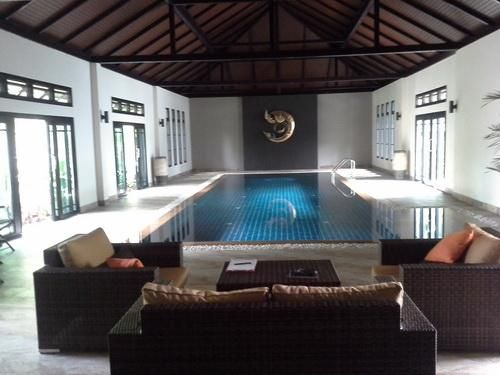 Fully furnished western houses with private swimming pool