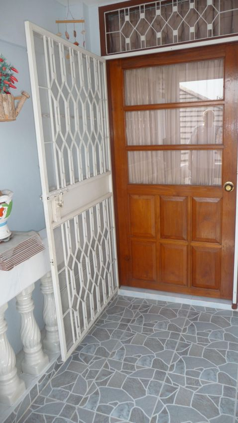 2 Bed 3 Bath Townhouse For Rent