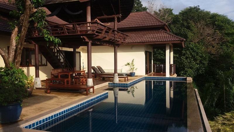 Sea View Villa / Price Reduced !