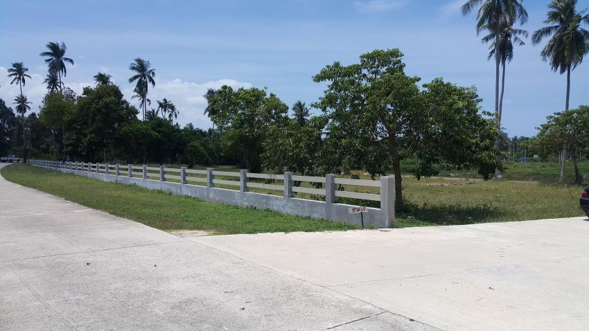 Beautiful Ocean/Mountain View Land For Sale