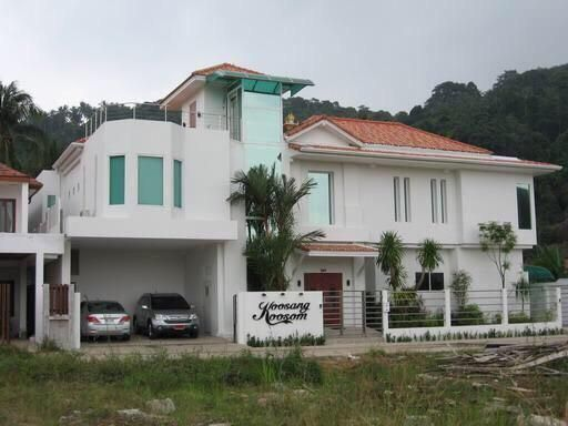 Modern style pool Villa Kata Beach
