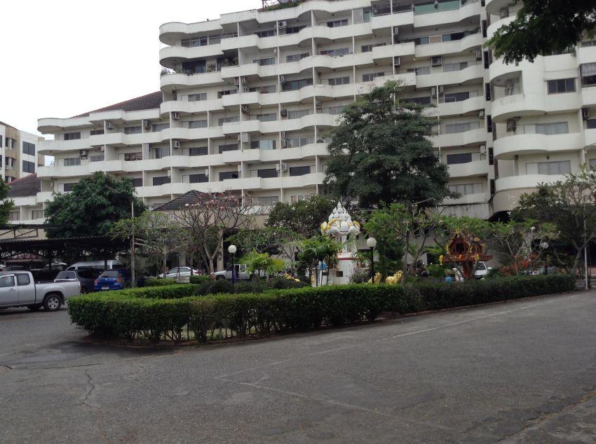Condo For Sale in Muang Chiang Mai (Supanich Condo)