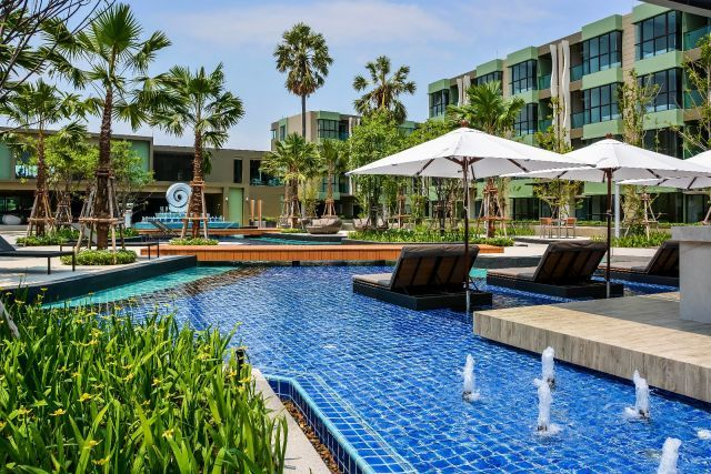Pool & Beach View Apartment For Sale